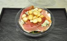 Barquette de salade auvergnate